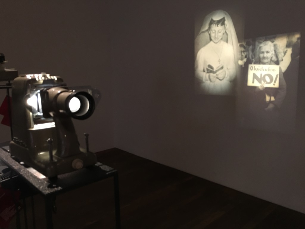 Blog - Pictures of an old Leitz Projector