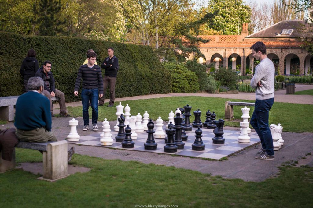 tastes of London, chess game